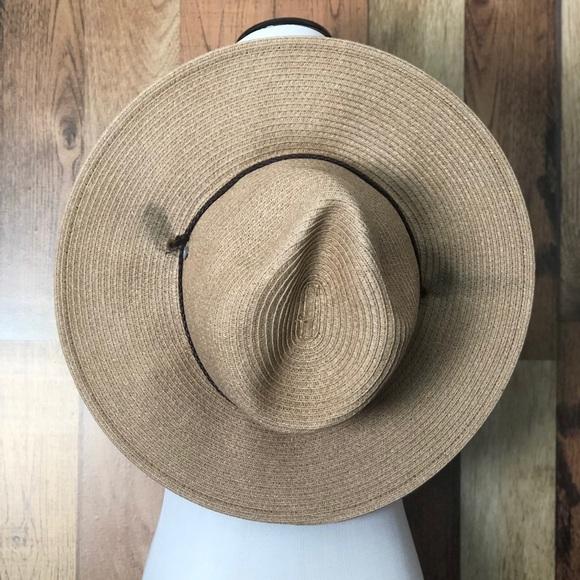 8c8a33452 Coolibar UPF 50+ Men's Beach Comber Sun Hat